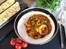 Kalamáry s kořenovou zeleninou a česnekovou francouzskou bagetou