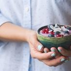 Žloutkový pohár s ovocem