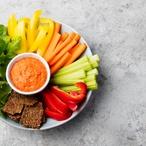 Pečená zelenina s variacemi dipů