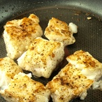 Ryba na česnekovém másle