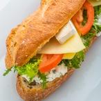 Bánh mì s tofu v citronové trávě