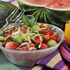 Salát z melounu, rajčat a čerstvých bylin