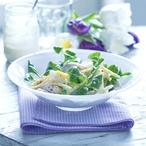 Kuřecí salát s jablky, celerem a vejci