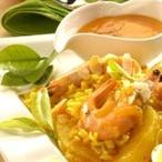 Krevety s pomerančovou rýží a mandlemi