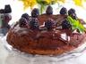 Čokoládový dort s ostružinami