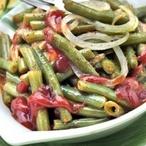 Zelené fazolové lusky s rajčaty