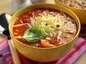 Polévka s kukuřicí a rajčaty