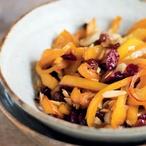 Peperoni mandorlati - Smažené papriky s rozinkami a mandlemi