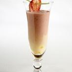 Jahodový koktejl s meruňkami