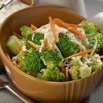 Pikantní brokolicový salát