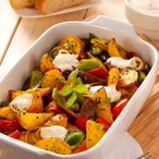 Barevný salát z grilované zeleniny