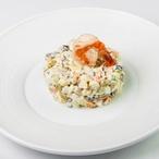Lehký bramborový salát s rybou v balíčku