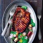 Steak zvepřové plece se salátem