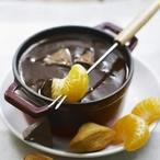 Čokoládové fondue se zakysanou smetanou