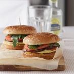 Hamburgery s pečeným lilkem a omáčkou aioli