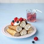 Palačinky s tvarohovým dezertem a ovocem