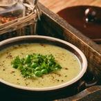 Bramborová polévka s hráškem