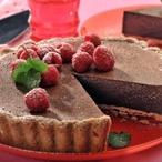 Krémový koláč s malinami