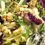 Dvoubarevný čekankový salát