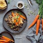 Pohanka s hummusem a pečenou mrkví