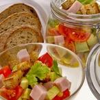 Kuřecí salát s cherry rajčátky a avokádem