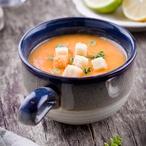Mrkvová polévka s limetkou a pomerančem