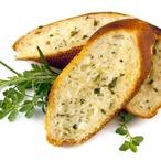 Domácí ovesný chlebíček s bylinkami