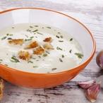 Krémová polévka z pečeného česneku I