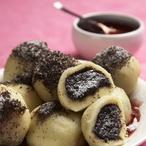 Makové bramborové knedlíky