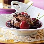 Tmavý čokoládový mousse s višňovým dipem
