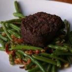 Hovězí steak na fazolkách