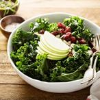 Zelný salát s brusinkami