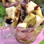 Salátek z hrušek a švestek