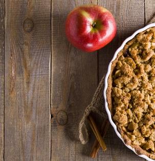 Jablkový koláč s griliášem