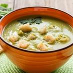 Polévka hrášková s krutony