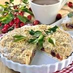 Mandlovo-pistáciový koláč s třešněmi