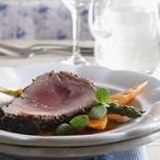 Růžový tuňák se zeleninou