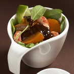 Špenátový salát s račími ocásky