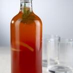 Jahodový sirup s meduňkou