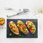 Bageta s marinovanou paprikou a pecorinem