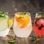 Gin se skořicovým sirupem