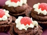 Čokoládové košíčky s jahůdkou