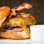 Hovězí hamburger Argument