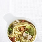 Dietní polévka s krůtím masem