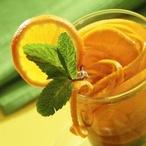 Mátový čaj s mandarinkovou šťávou
