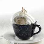 Zapečená zmrzlina s bílou čepicí