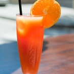 Koktejl sgrilovaným pomerančem