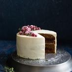 Perníkový dort s brusinkami