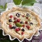 Listová miska s hruškovým tvarohem a ovocem