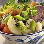 Hovězí maso s fazolemi a zeleninou